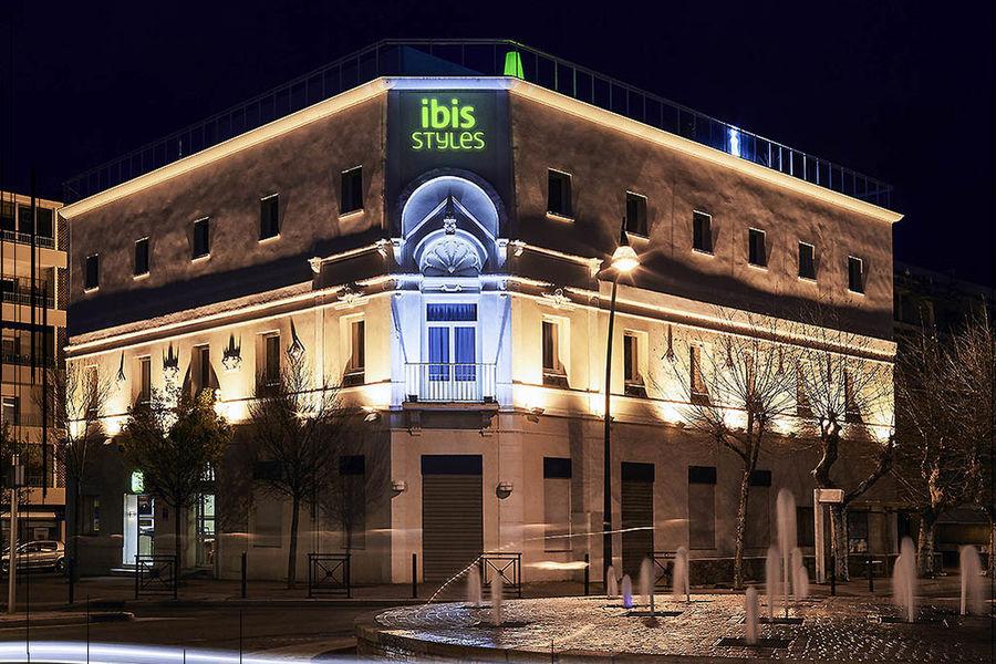 Hôtel Ibis Styles Hyères Centre Gare *** Extérieur