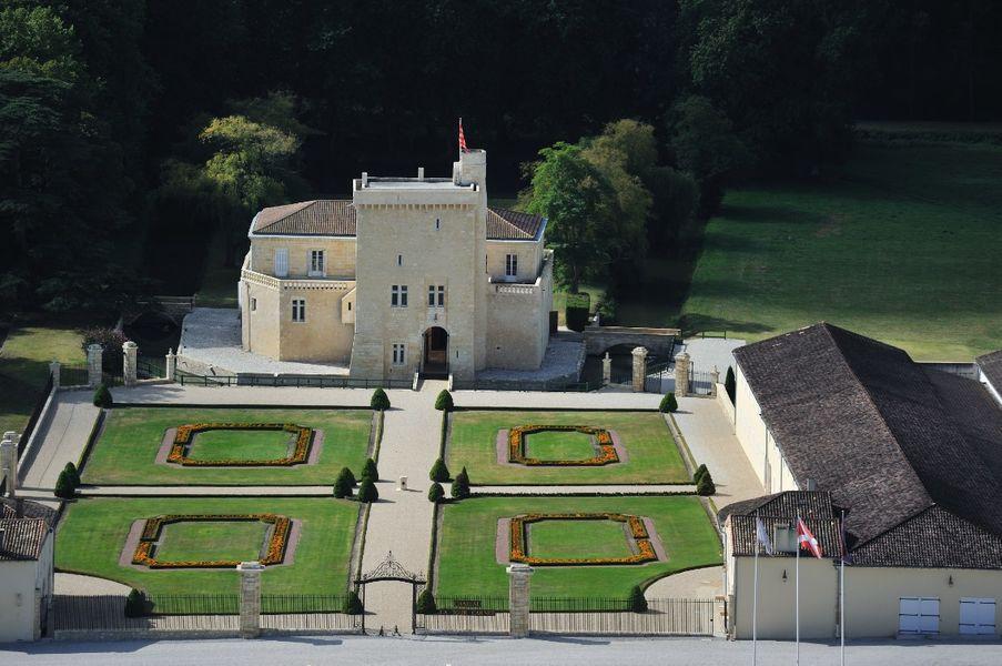 Château La Tour Carnet 2