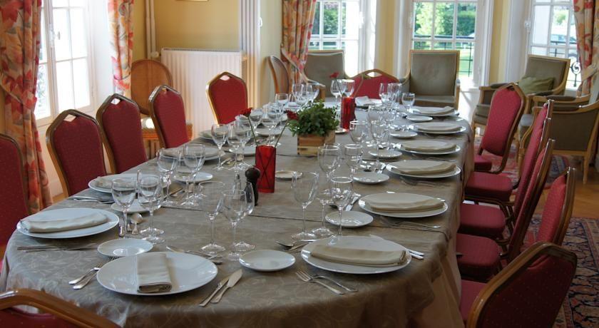 Hôtel Restaurant Logis Le Parc Sologne *** 30