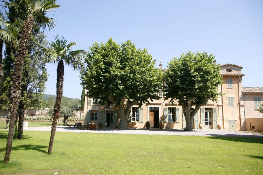 Château Sainte Roseline Extérieur