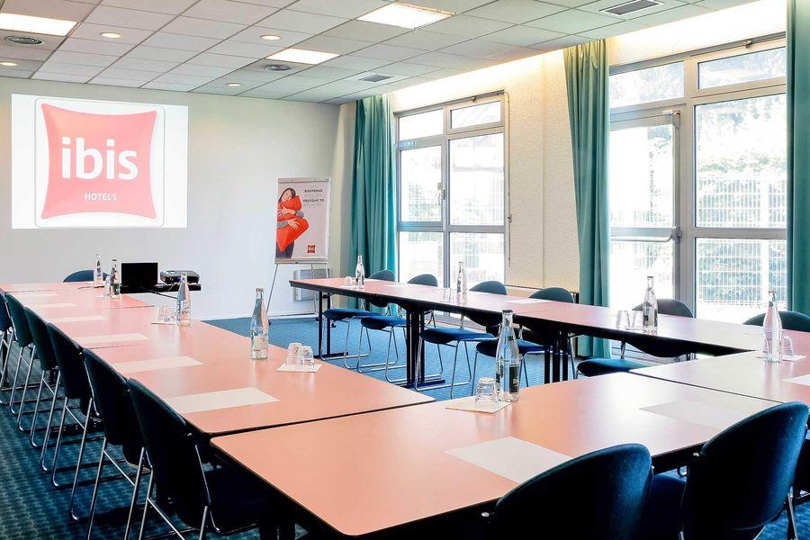 ibis Grenoble Université 3