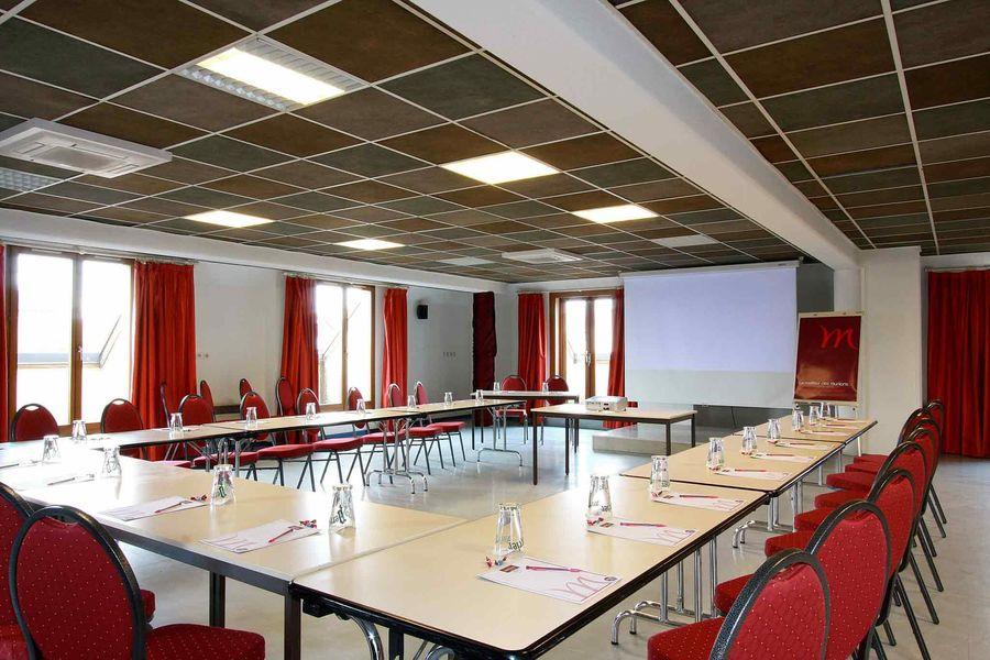 Mercure Luxeuil Les Bains Hexagone *** Salle de séminaire