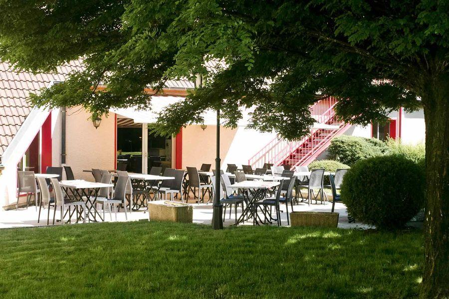 Mercure Luxeuil Les Bains Hexagone *** Terrasse