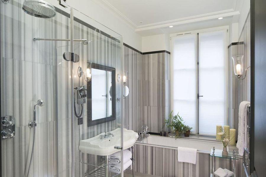 Le Saint Hotel Paris **** Salle de bain