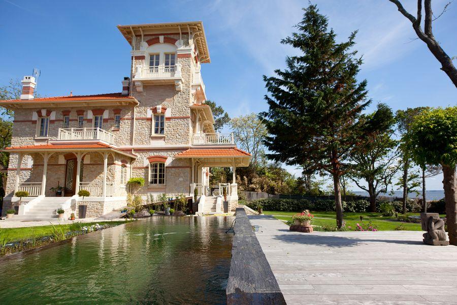 Villa Tosca ***** 32