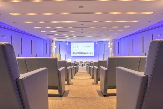 Salle séminaire  - Centre de Conférences Capital 8