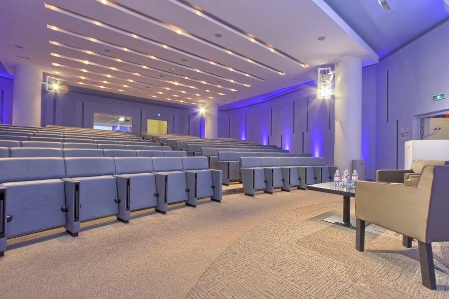 Centre de Conférences Capital 8 Amphi