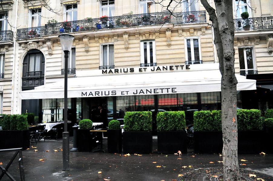 Marius et Janette Façade