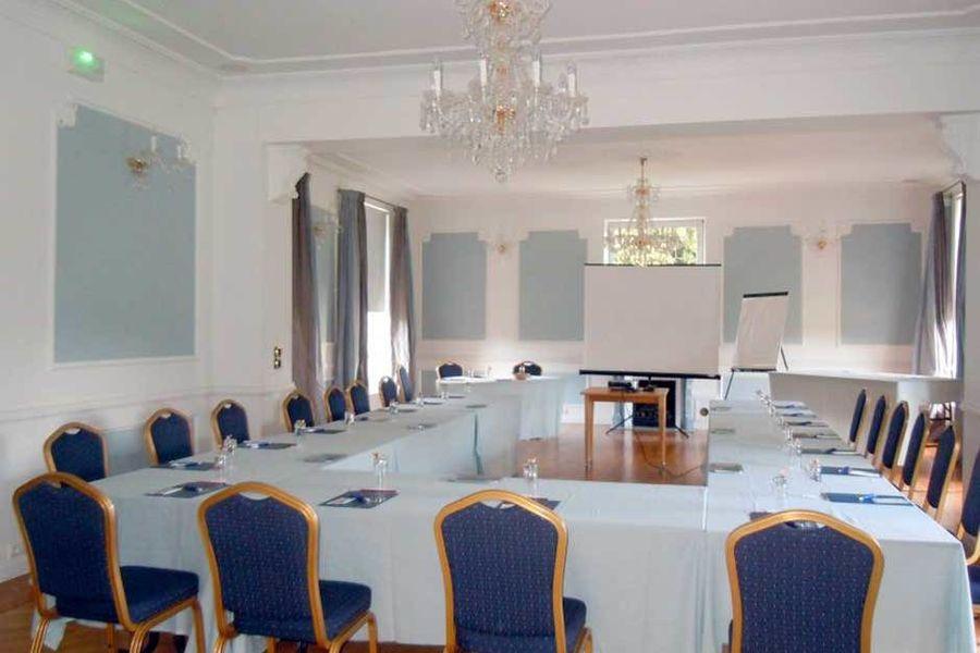 Château Hôtel de Belmesnil  Salle de séminaire
