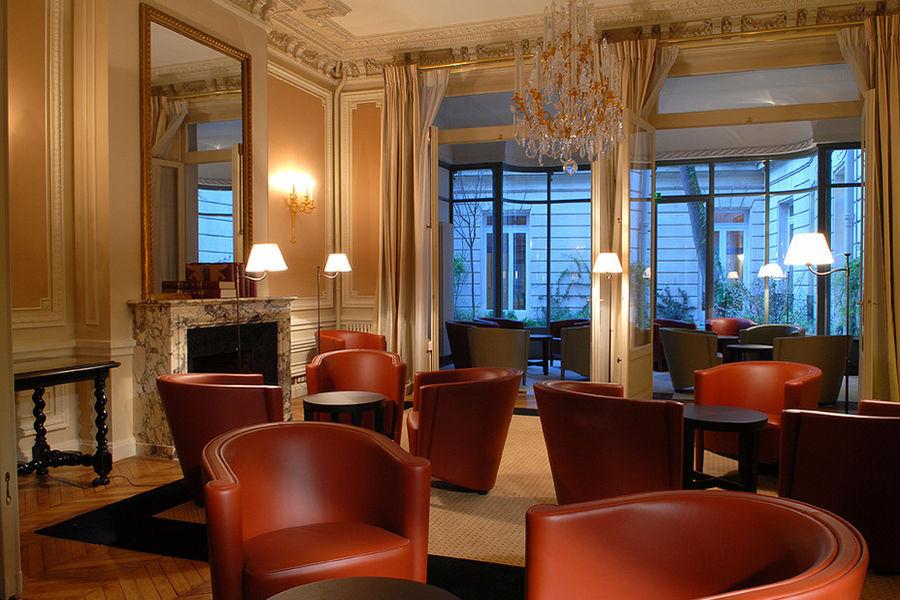 Académie Diplomatique Internationale Salon 2