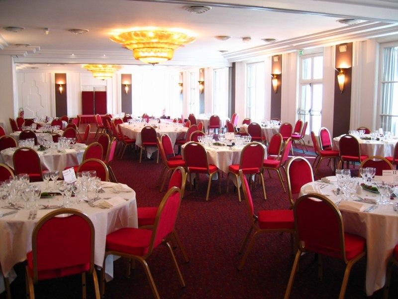 Les Salons du Relais Hôtel Paris Est *** 1