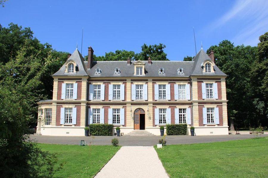 Château de l'Hermitage  27