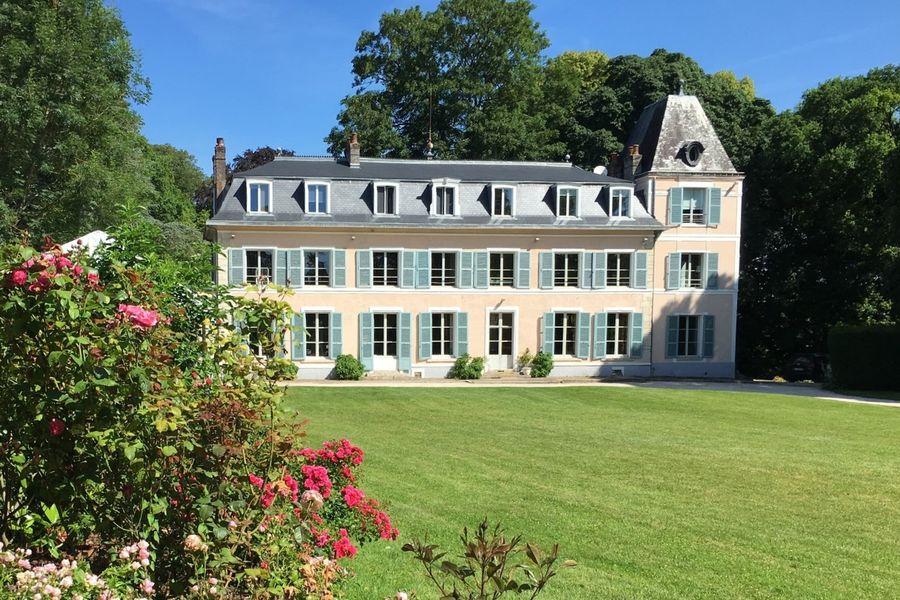 Chateau d'Amécourt 1