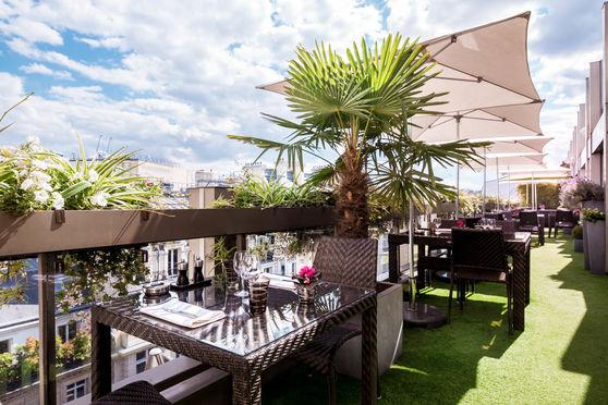 Terrasse Bar Restaurant le W