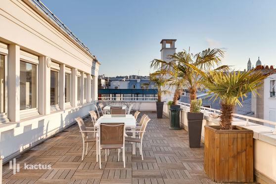 Rooftop la Rochefoucauld : Plénière 100m2, espace restauration & terrasse panoramique