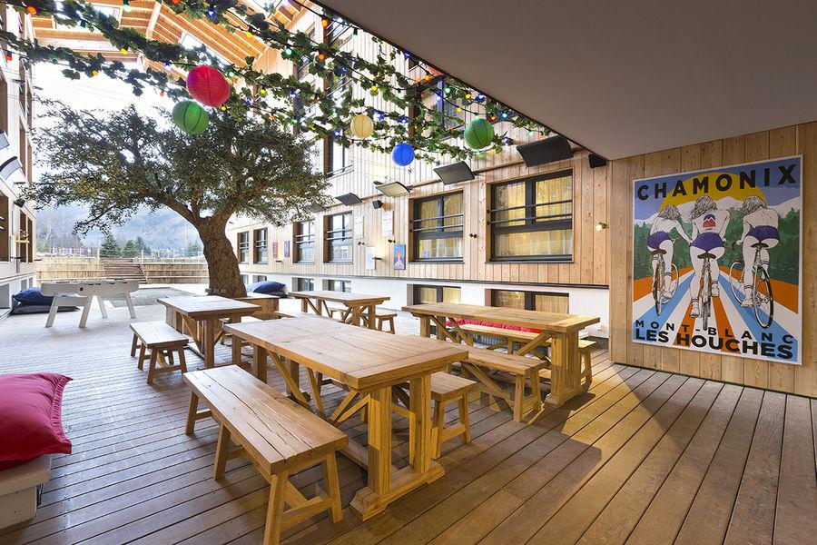 Hotel rocky pop patio terrasse