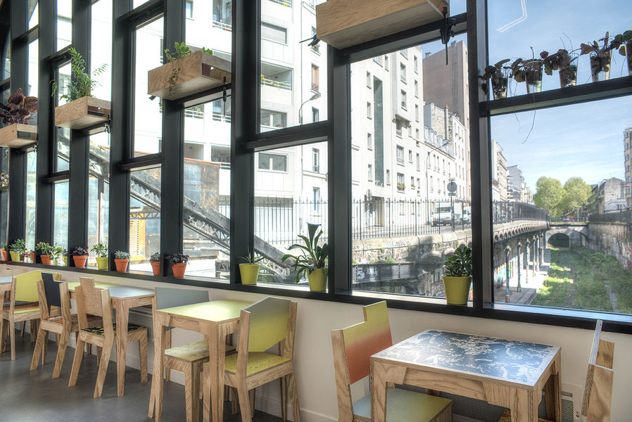 Le Hasard Ludique Restaurant