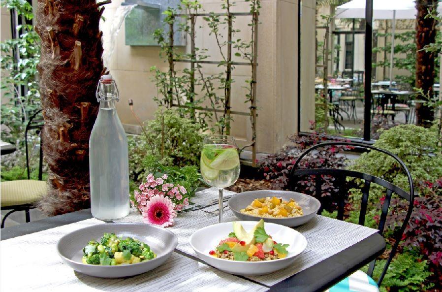 Sofitel Paris Le Faubourg ***** Restaurant Terrasse