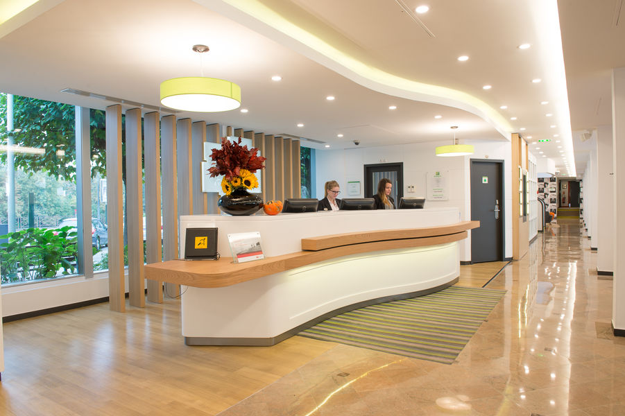 Holiday Inn Paris - Versailles - Bougival 9
