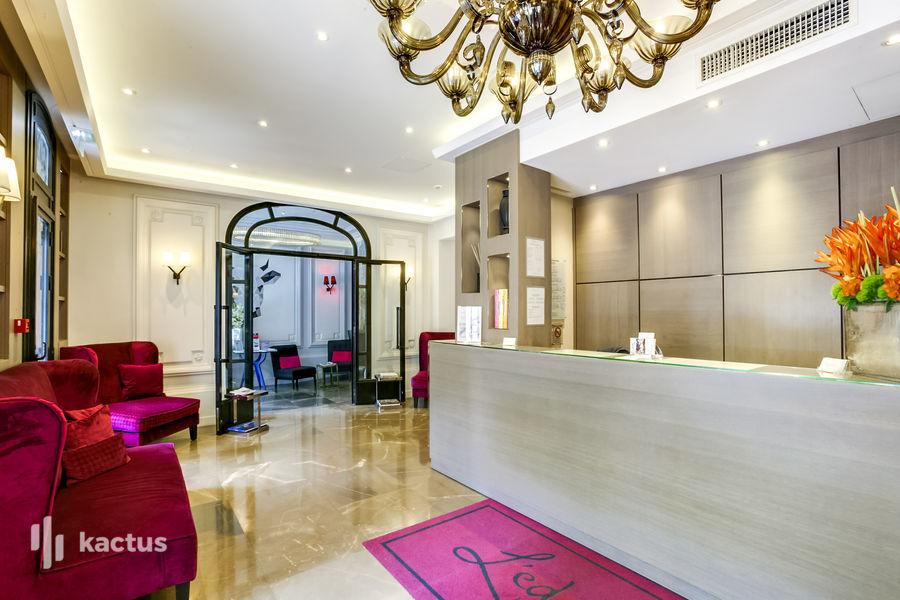 Edmond Hotel **** 34