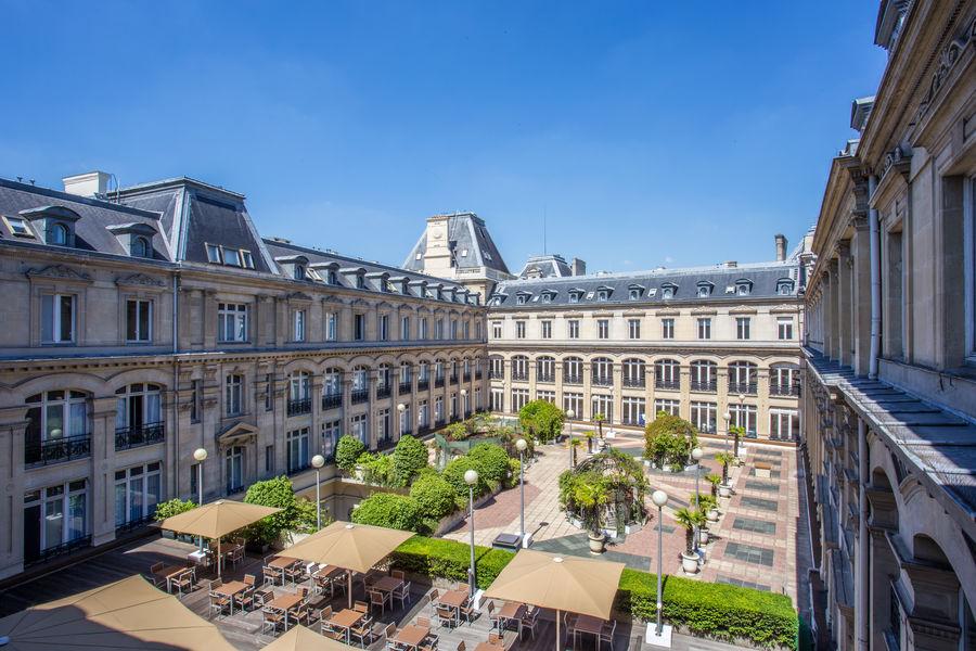 Crowne Plaza Paris République **** Cour intérieure