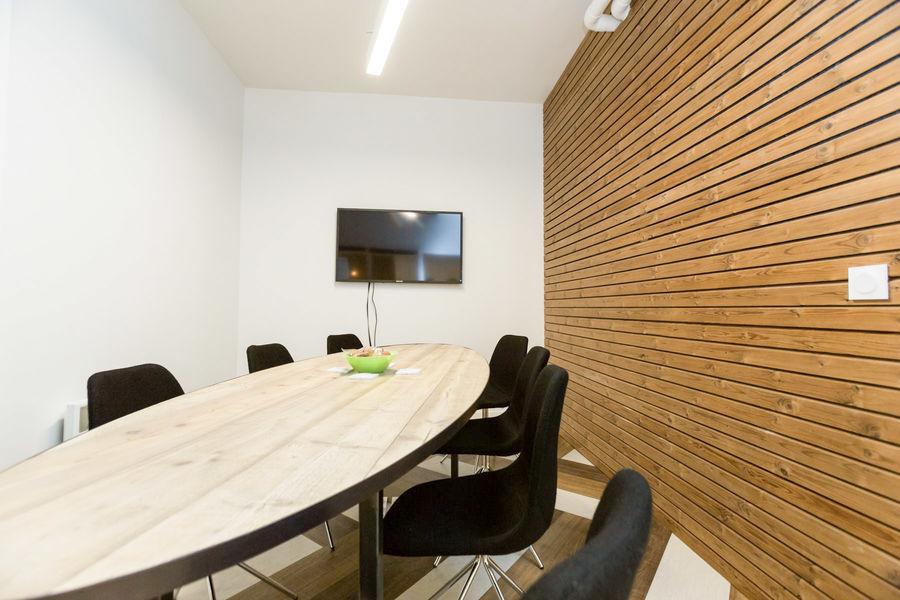 MyCowork Montorgueil - salle de réunion 8 personnes 7