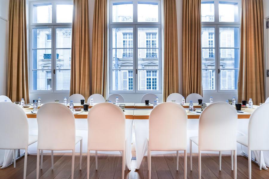 Hôtel Marignan Champs-Elysées ***** 5