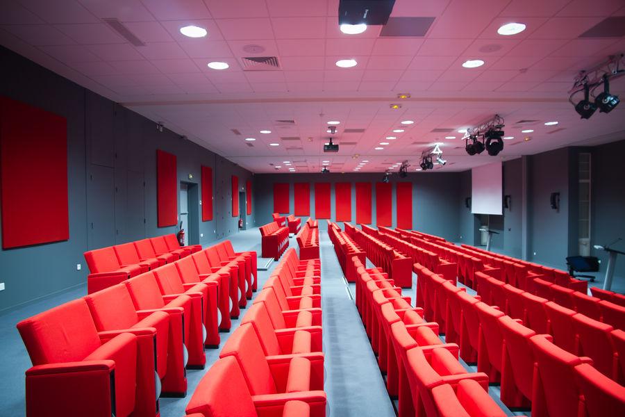 Domaine de Fremigny Auditorium
