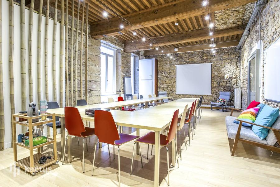 Top 10 lieux atypiques de s minaire lyon kactus for Obligation salle de repos au travail