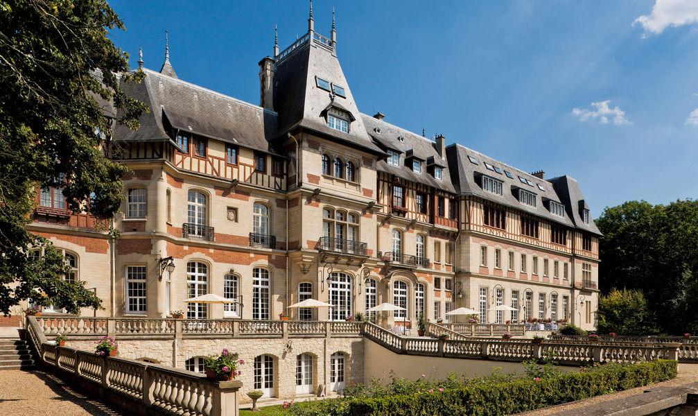 Château de Montvillargenne **** Façade