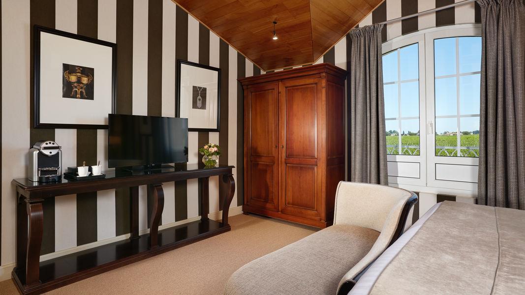 Grand Barrail Château Hôtel et SPA ***** Chambre