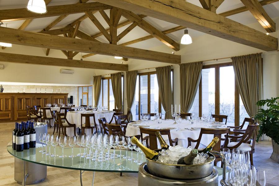 Grand Barrail Château Hôtel et SPA ***** Salle de réception