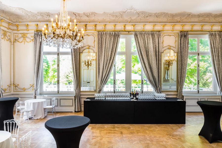 Pavillon Royal Salon Louis XV