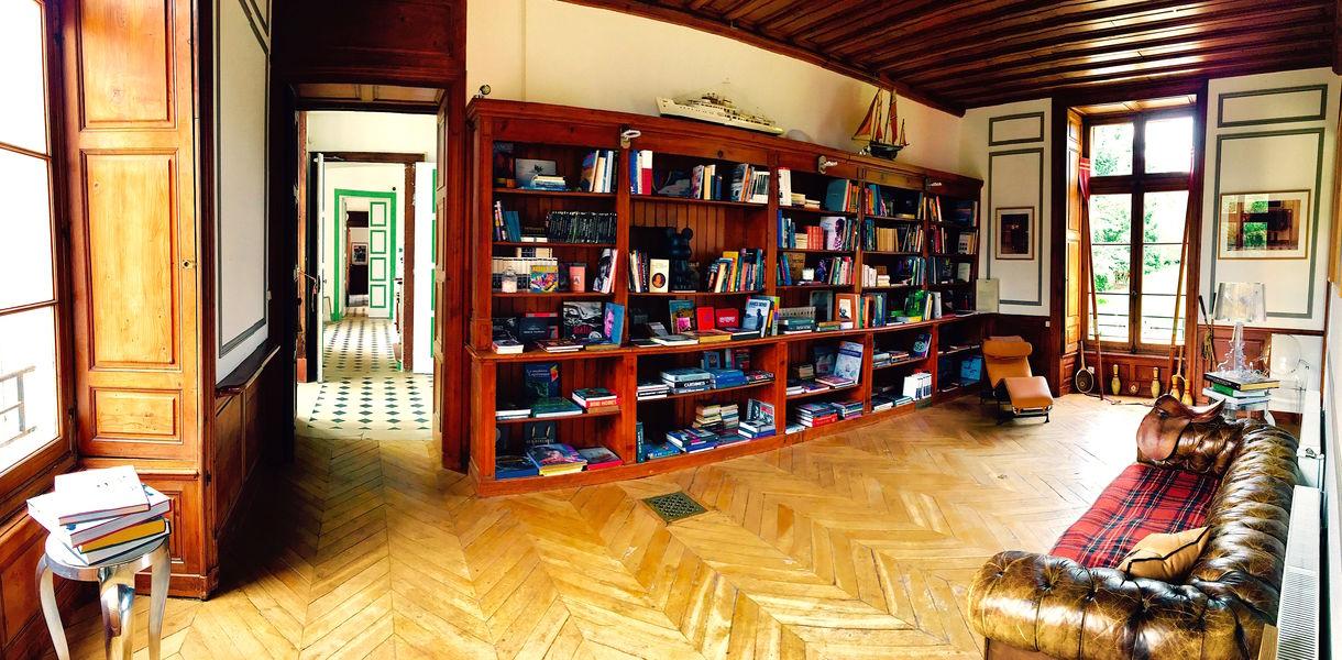 Le Château de Vaugrigneuse La Bibliothéque