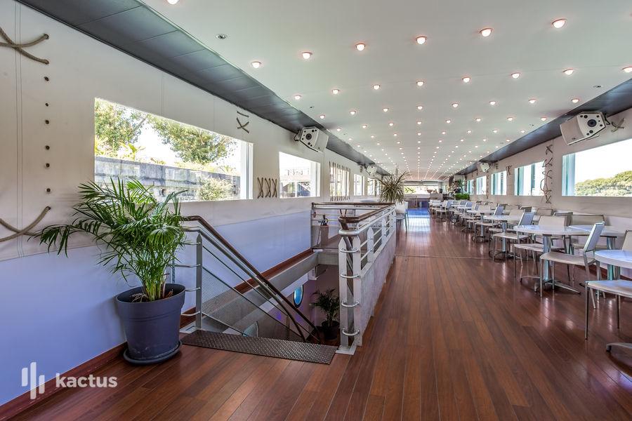 Bateau Bellona Restaurant