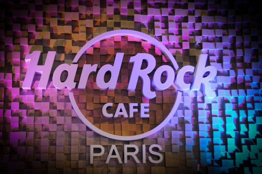Hard Rock Cafe 12