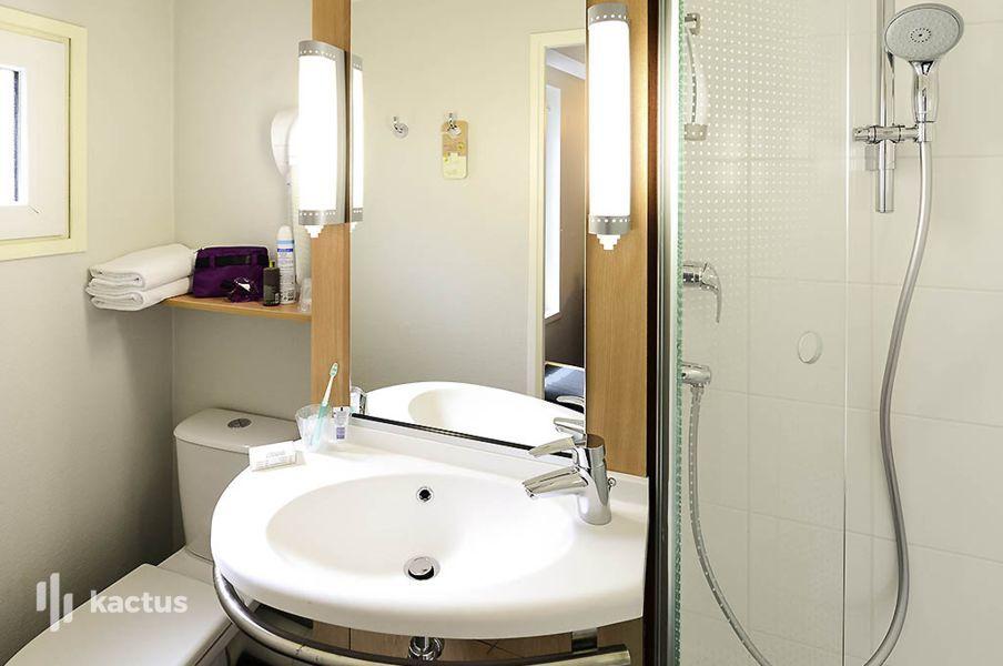 Ibis Part-Dieu Les Halles *** Salle de bain