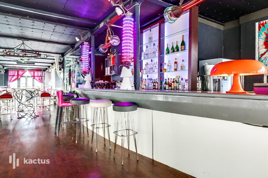 Restaurant Le Café Barge Bar