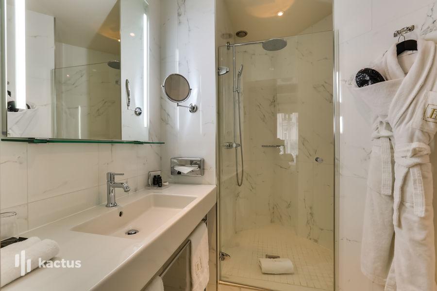 Hôtel Edouard 7 **** Salle de bain