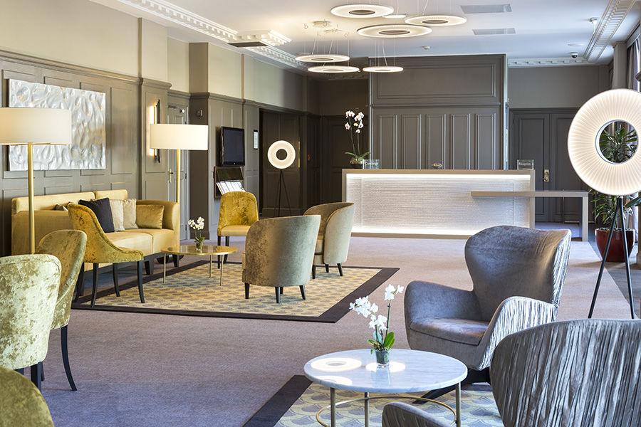 Le Grand Hôtel Enghien-Les-Bains **** Hall