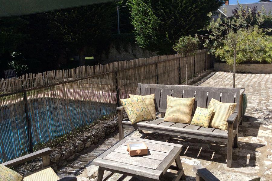 L'Ecu de Bretagne Terrasse vue piscine