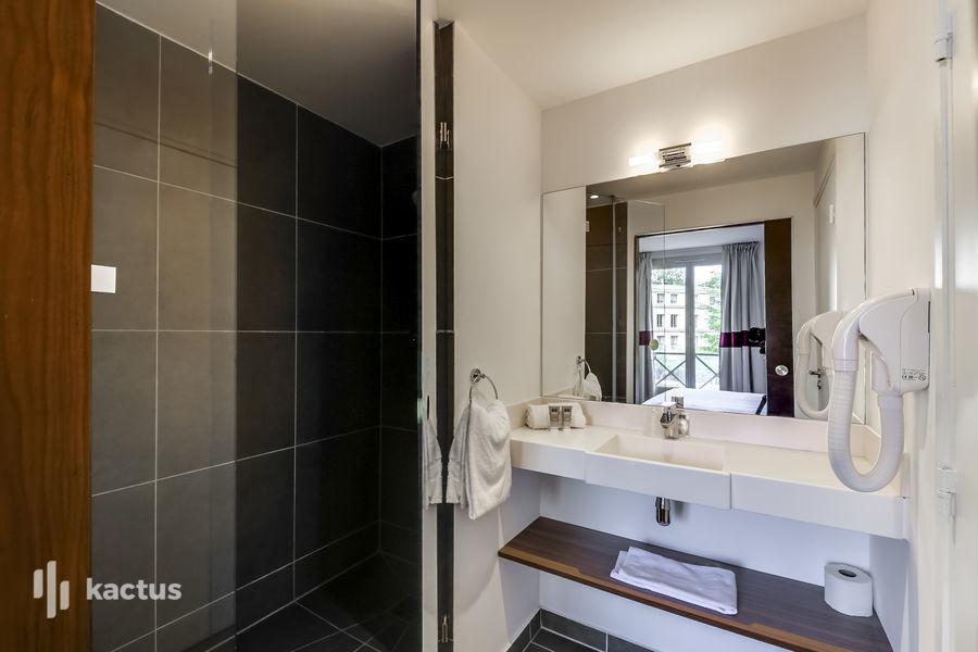 Domaine de Fremigny Salle de bain