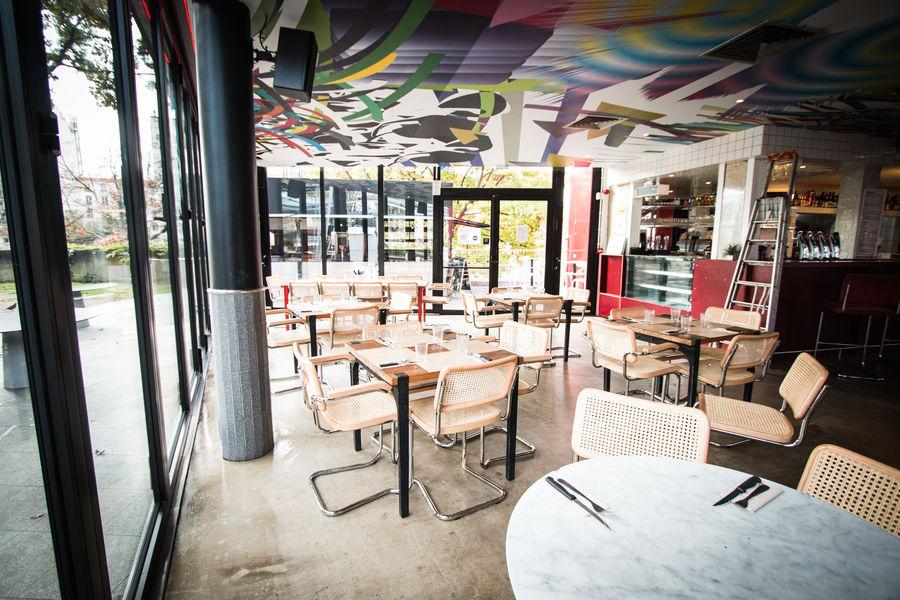 À la Folie salle de restaurant RDC