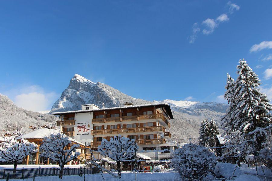 Hôtel Neige et Roc Samoëns **** facade neige et roc
