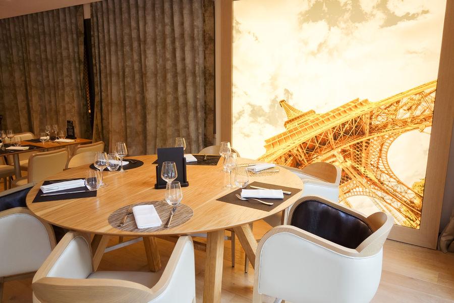Holiday Inn Paris Charles de Gaulle Airport Restaurant