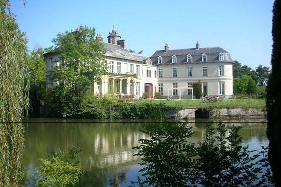 Le Château (façade parc)