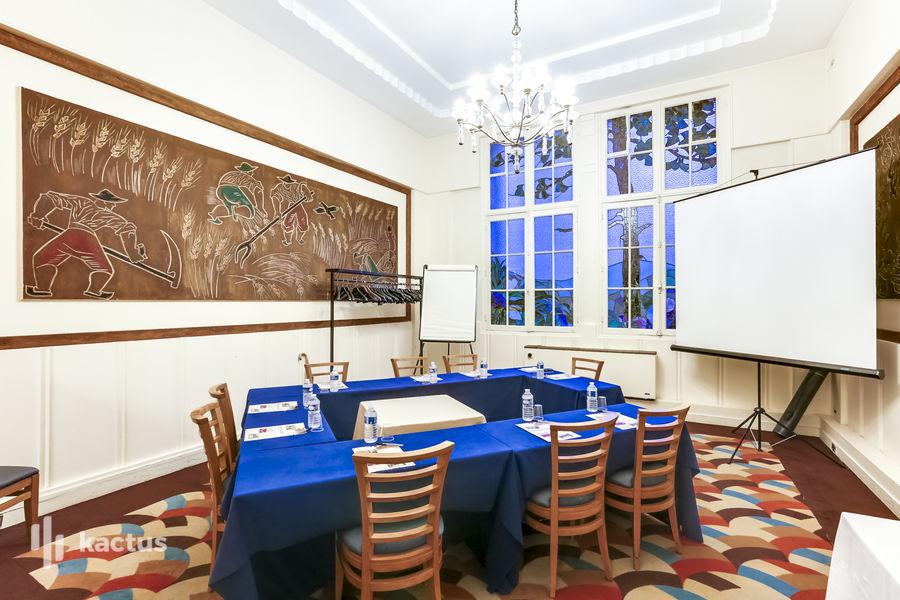 Les Salons du Relais Hôtel Paris Est *** Salle de séminaire