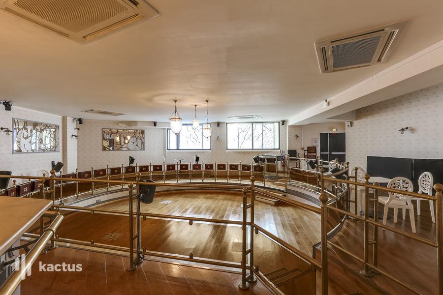 Villa Frochot Salle Cabaret