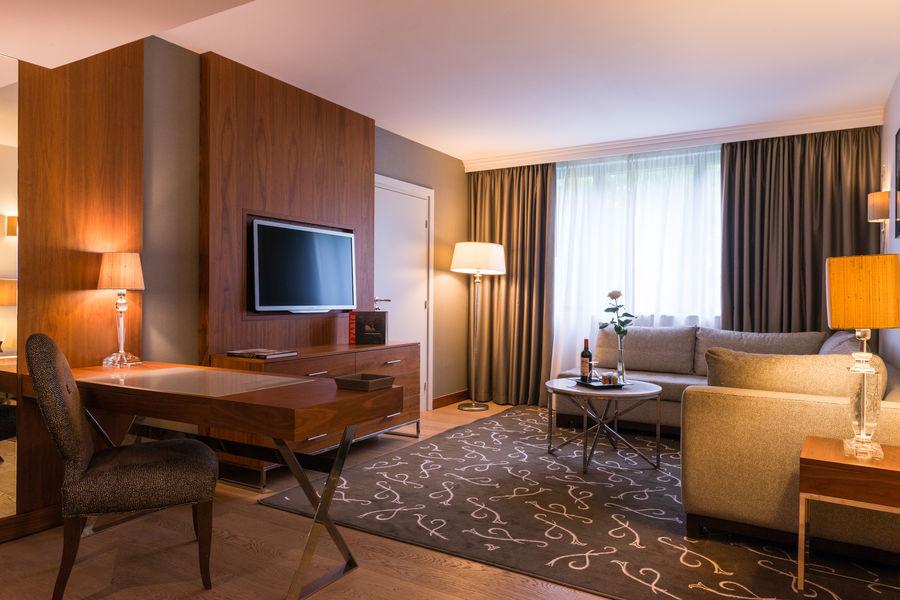 Crowne Plaza Paris - Neuilly  Suite