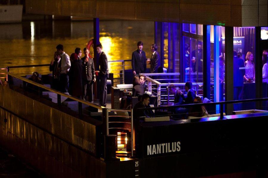 Les Salons du Nantilus Salon Jules Verne